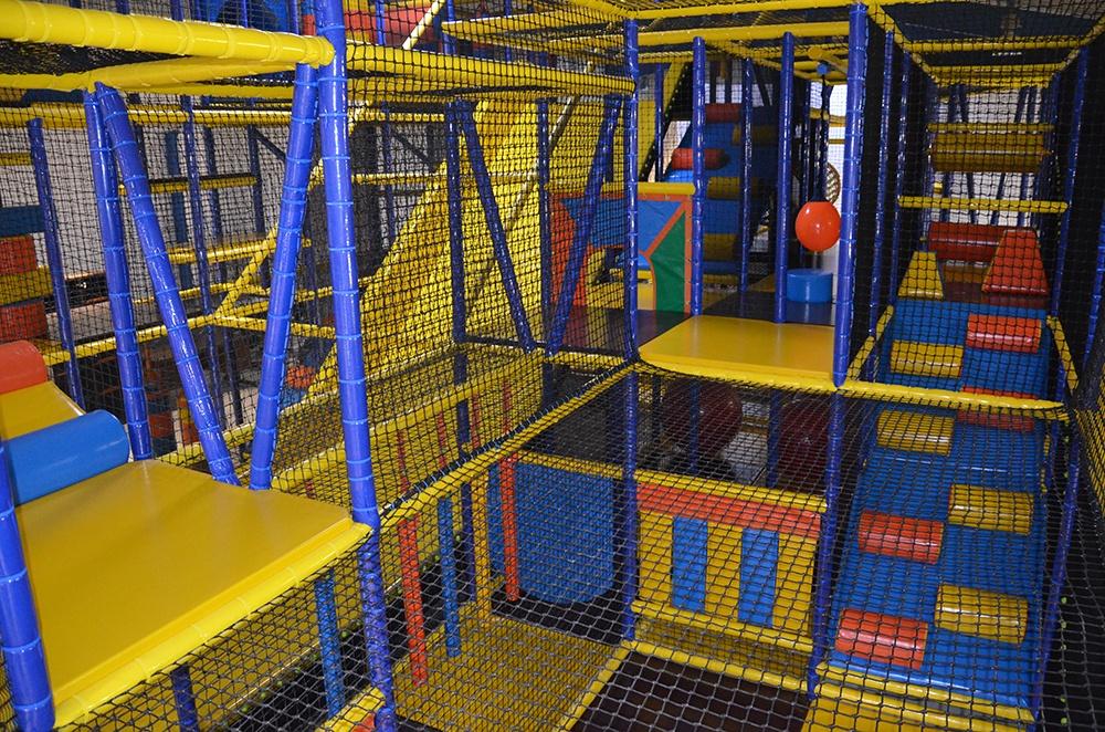 image Interieur grande structure de jeu enfants 5 à 12 ans