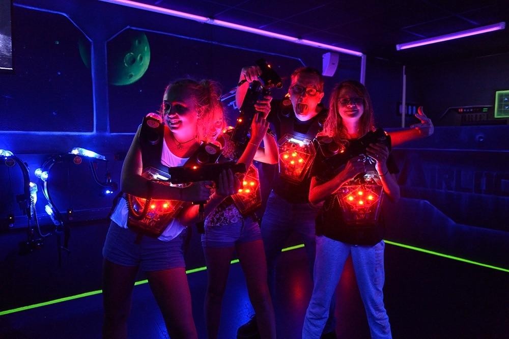 Visuel Photo de groupe - Lasergame Poitiers - Lasermaxx