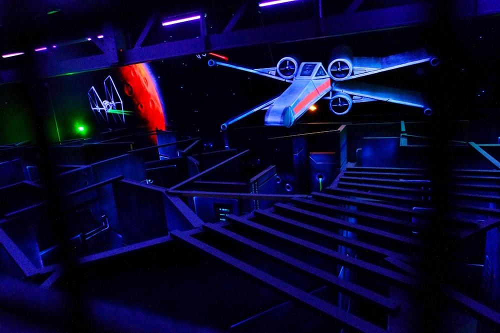 Photo Le X-Wing du Lasergame de Poitiers - LaserMaxx